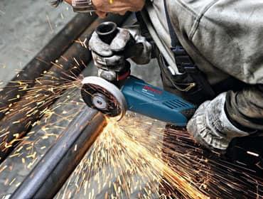 фото: демонтаж металлолома